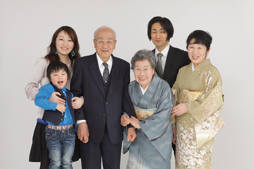 七五三の家族写真は写真館で!東京のおすすめフォ …
