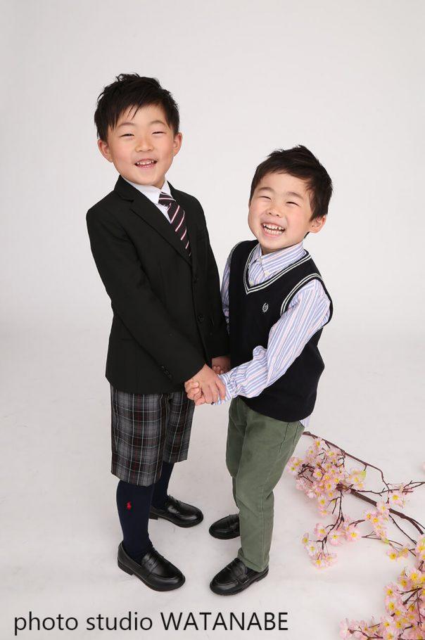 おてて繋いで仲良し兄弟~入園・入学記念撮影~